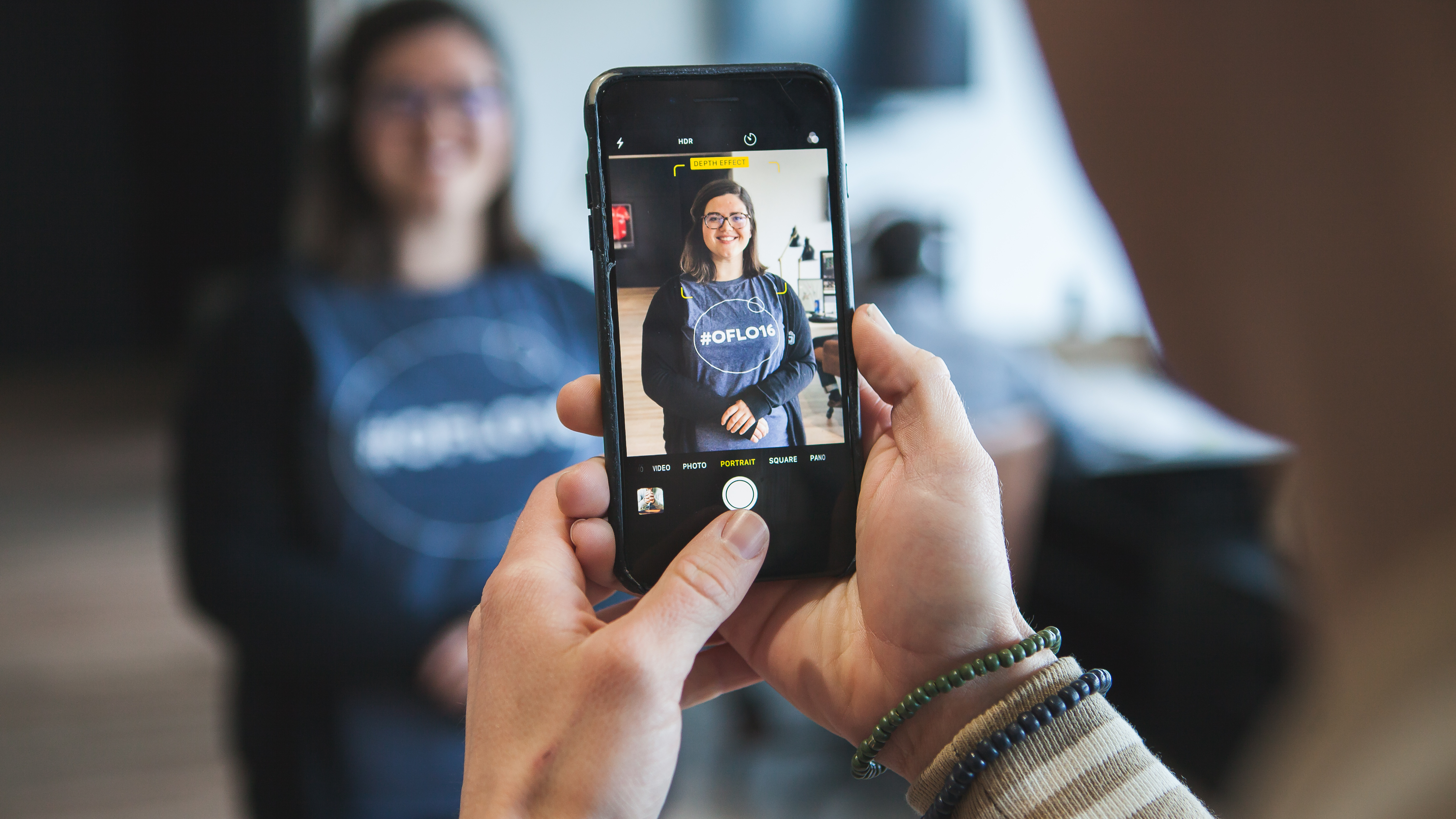 Newer mobile devices are equipped with a 'Portrait mode' that allows you to capture photos with a shallow depth of field directly with your phone